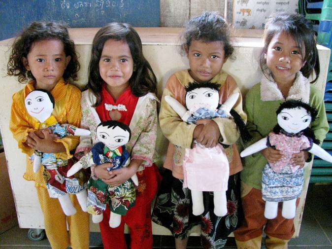 4girls and dolls.jpg